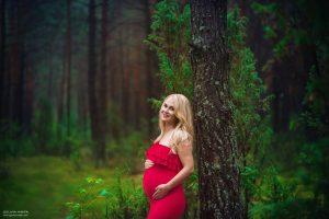 Zdjęcia ciążowe w plenerze – Joanna